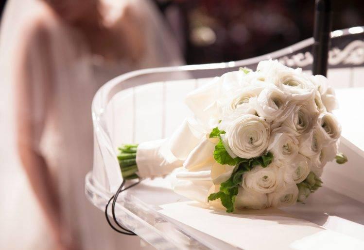 ilustrasi hand bouquet